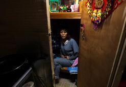 Hong Kongdaki mikro evlerde yaşam fotoğraflandı
