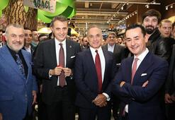Fikret Orman, CarrefourSAnın açılışına katıldı