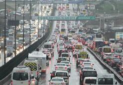 İstanbulda trafik yoğunluğu Durma noktasına geldi