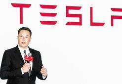 Teslada ayrılıklar devam ediyor