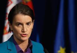 Sırbistan Başbakanının eşcinsel hayat arkadaşı doğum yaptı