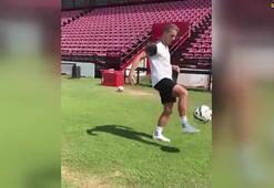 Ronaldinhoya meydan okurcasına...