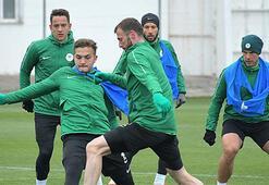 Atiker Konyasporda Başakşehir maçının hazırlıkları sürüyor