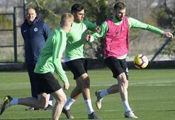 Konyaspor, Başakşehir hazırlıklarına yeniden başladı