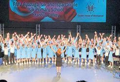FMV Işık Okulları'nın korosu İspanya'dan ödülleri topladı