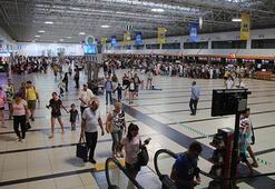 Turizmde yüzler gülüyor Ölü sezonda bile yarım milyon turist...