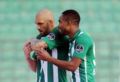 Bursaspor, Fernandao-Bakambu ikilisini mumla arıyor