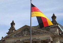 Almanya Suudi Arabistana silah ihracatını durdurma kararını 6 ay uzattı