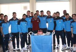 Trabzonspor'da Uğurcan Çakıra doğum günü sürprizi