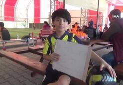Minik taraftar topunu satıp Fenerbahçe'ye bağış yaptı