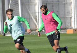 Atiker Konyaspor, Demir Grup Sivasspora hazırlanıyor