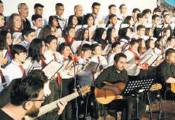 'Tohumdan Fidana'  korosundan konser