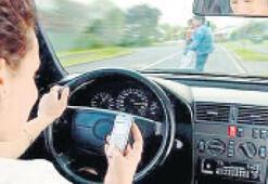 Mesajkolik sürücü tehlike saçıyor