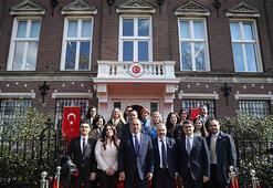 Çavuşoğlu Amsterdam Başkonsolosluğunun açılışını yaptı