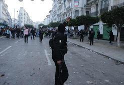 Cezayirdeki gösterilerde 108 kişi gözaltına alındı