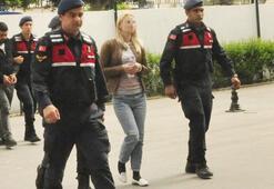 Pes dedirten olay Ukraynalı kadın, Norveçli turisti Antalyada...