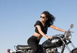 Sürüş tutkunu kadınlar bahar rotalarında