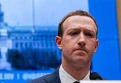 Facebook hissedarları Mark Zucberkergi istemiyor