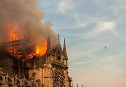 Notre-Dame yöneticisinden geçici katedral önerisi