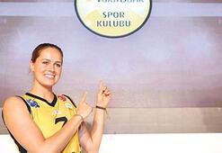 Vakıfbankın yıldızı Robinson Fenerbahçeye