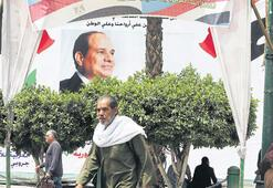 Mısır'da Sisi'nin geleceği oylanıyor