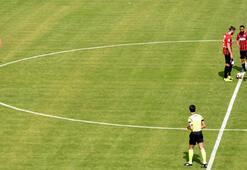 Tarsusta futbolculardan yönetime protesto