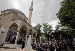 Bosnanın incisi Foça Alaca Cami ibadete açıldı