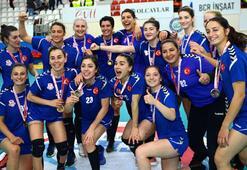 Kupada şampiyon Muratpaşa Belediyespor