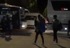 Malzemeler takım otobüsüne futbolcular özel otobüse