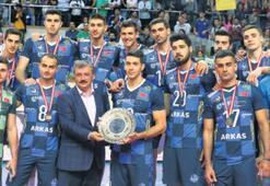 Gönüllerin şampiyonu ARKASSPOR