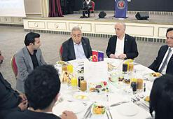 Türk-İş'ten kağıt işçilerine iftar