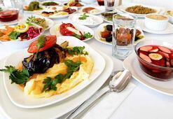 İstanbulda 5 yıldızlı iftar kişi başı 400 lirayı aşıyor