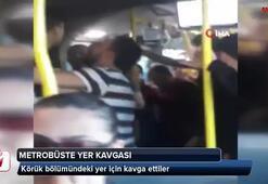 Metrobüste körük bölümündeki yer için kavga ettiler