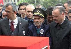 Şehit Özdemir son yolculuğuna uğurlandı