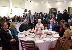 Emine Erdoğan, Darülacezenin düzenlediği iftar programına katıldı