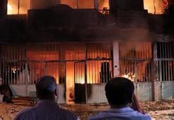 İzmirde mobilya atölyesinde yangın