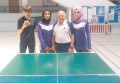 Masa tenisinde ilk üç Bostanlıspor'dan