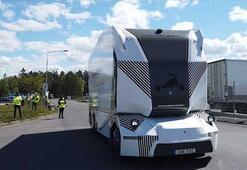 İsveçte sürücüsüz kamyon dönemi