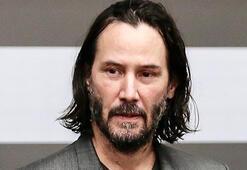 Keanu Reeves itiraf etti: Hoşlanıyordum