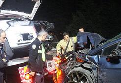 Cip ile otomobil kafa kafaya çarpıştı, 1'i çocuk 4 yaralı