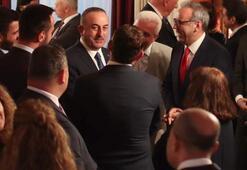 Bakan Çavuşoğlu Meksikada Türk toplumu ile görüştü