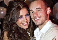 Sneijder eşi Yolanthe Cabau ile barışmak için kesenin ağzını açtı