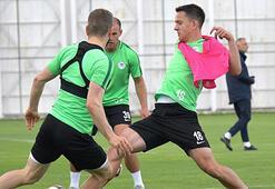 Atiker Konyaspor 5 eksikle çalıştı