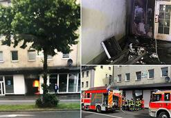 Almanyada cami kundaklandı