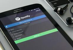 Spotify podcastlere gözünü dikti