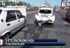 E-5'te zincirleme kaza 5 araç birbirine girdi