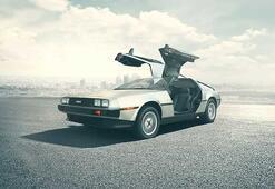 Geleceğe Dönüş serisiyle hayatımıza giren uçan otomobil gerçek oluyor