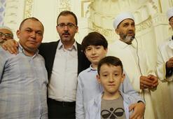 Bakan Kasapoğlu: Bayram coşkusunu eski günlerdeki gibi yaşamalarını diliyorum