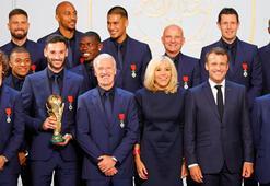 Türkiye maçı öncesi Fransa'ya büyük onur