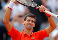 Djokovic yarı finale yükseldi